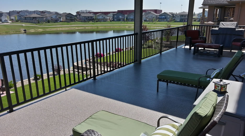 deck construction in Lloydminster Alberta
